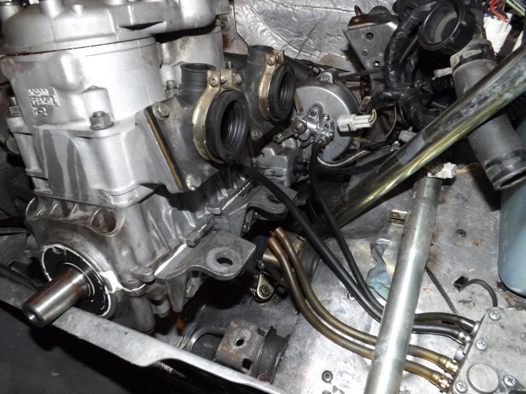 Yamaha mountain max 600 twin for Motor oil fire starter